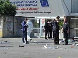 Brindisi - Ragazza uccisa da bomba -  Reazioni e dichiarazioni