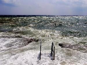 I Video di Lucaweb - Scalo di Castrignano, mareggiata settembre 2012