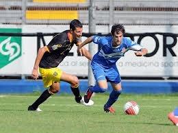 Passione GialloRossa - L'arbitro rallenta la corsa del Lecce