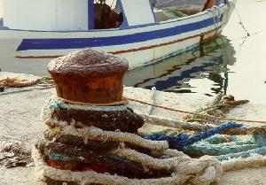 Il mistero dei bagliori in mare: disposta l'autopsia sul corpo del pescatore morto a Leuca