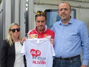 Monza - La Famiglia Risolo incontra il campione Alonso