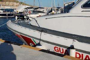 Immigrati: sbarco nel Salento, rintracciate 34 persone