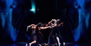 La RBR Dance Company presenta lo spettacolo  INDACO e gli illusionisti della Danza