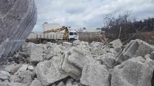 Lecce -   Il Parco di Rauccio si riappropria del territorio e dice addio a un altro ecomostro